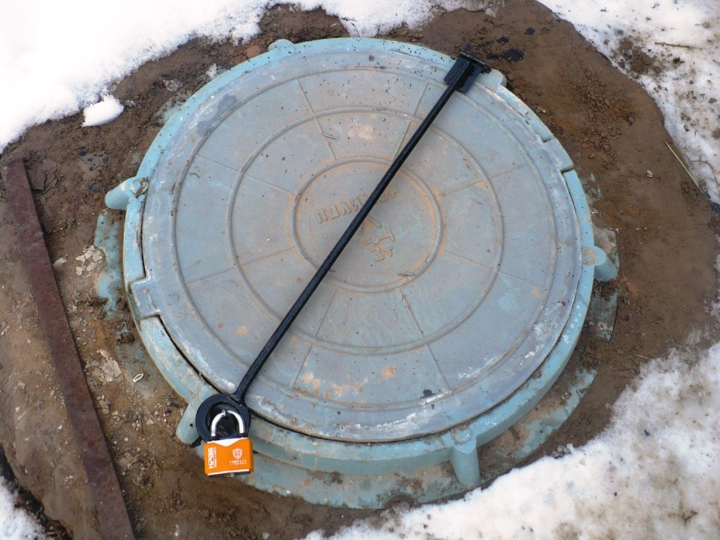 Люк для канализационного колодца своими руками 72